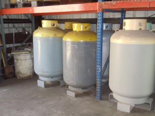 refrigerant cylinder